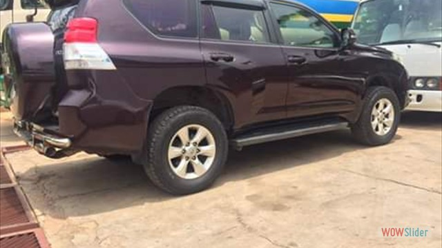 HIRE SAFARI LAND CRUISER DAR ES SALAAM AIRPORT